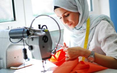 """Flüchtlinge schneidern Mode """"Made in Hessen"""""""