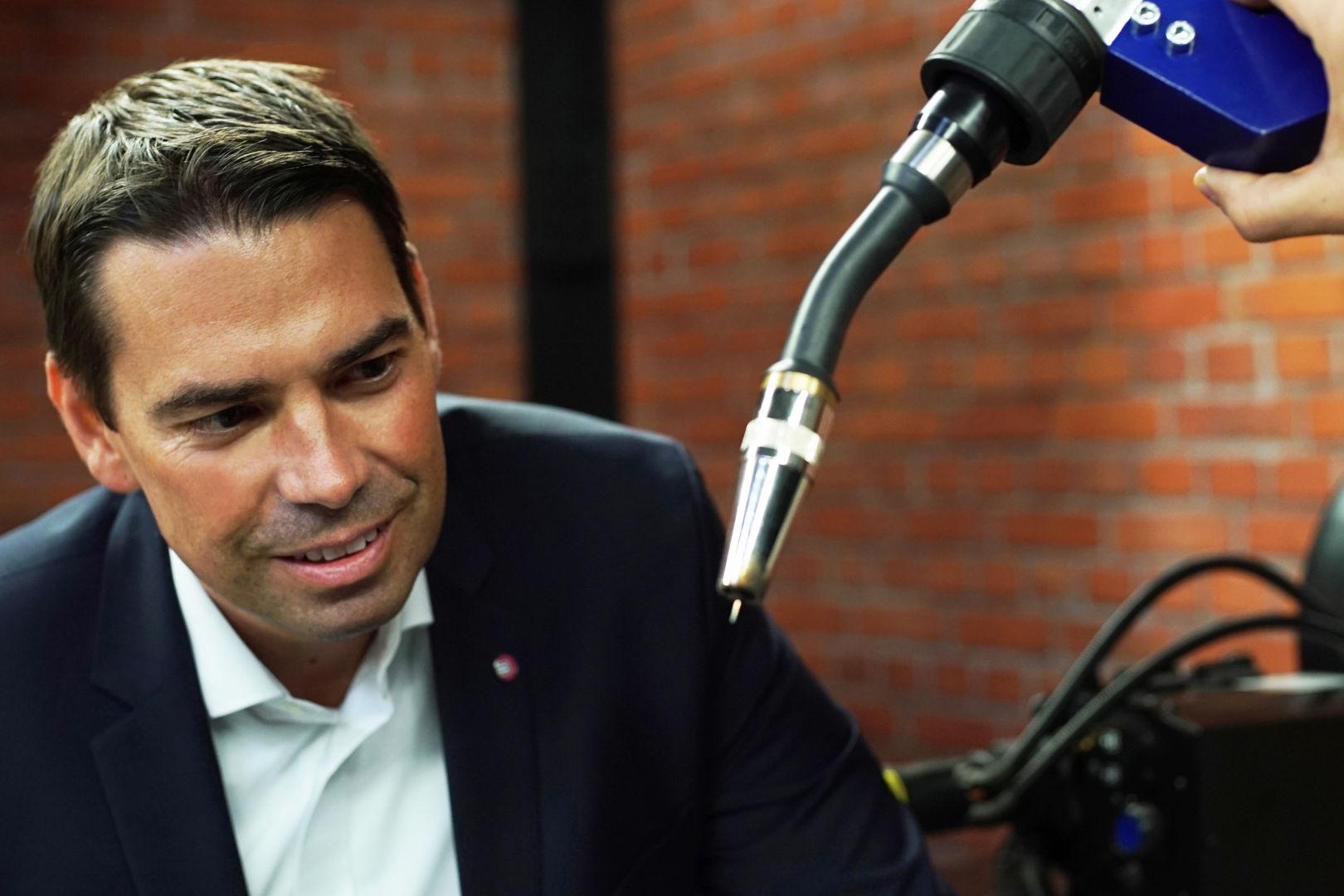Jens Schleicher, Sprecher der Geschäftsführung von ABICOR BINZEL